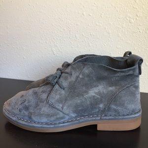 Hush Puppies gray moyen boot size 7.5